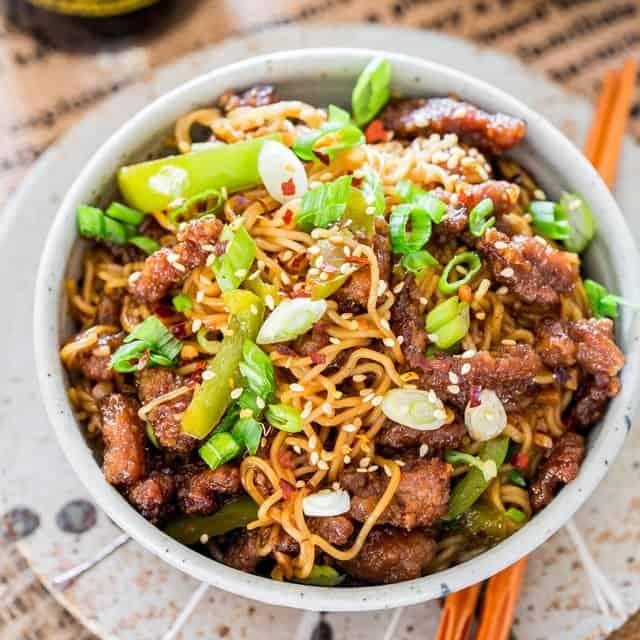 ramen noodles with beef