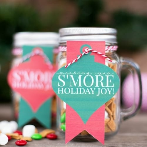snack mix in a jar gift