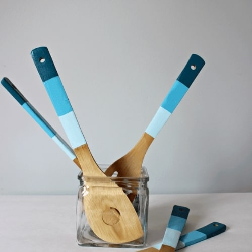 painted wooden kitchen spoons