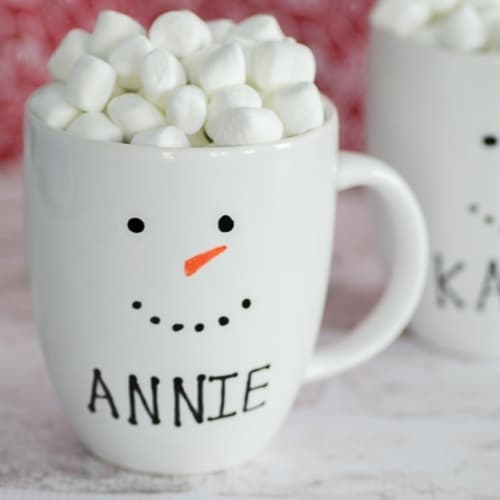 coffee cup with marshmallows